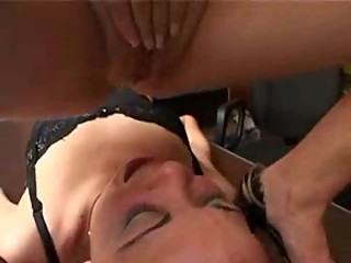 Lesbian Facesitting And Pissing