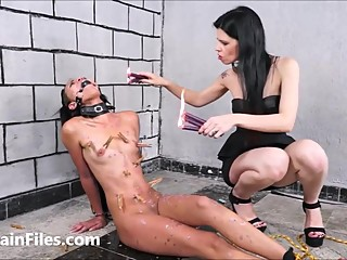 Latina masochist Pollys extreme lesbian bdsm and hardcore whipping of spank