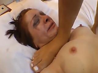 F/F brazil Lesbian Throat Trampling 1