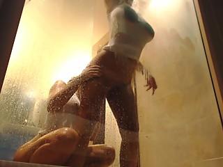 LilEmma shower fun