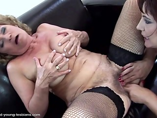 Old and young lesbians play with warm pee