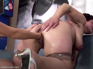 Old whores fuck young girls with pissing
