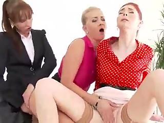 Lesbians 16