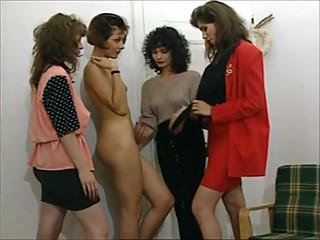 4 Lesbian Girls