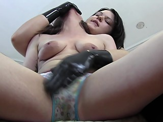 Latex Gloves Make Her Squirt