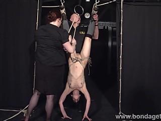 Restrained bondage babe Elise Graves lesbian damsel
