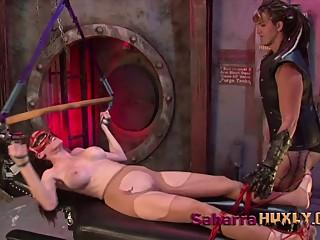 Huxly Breaks Ninja Maiden - Sexy Slyyy & Saharra Huxly