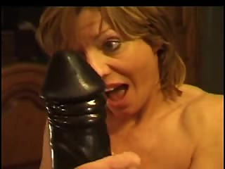 Mature Lesbian Ladies and large dildo 2