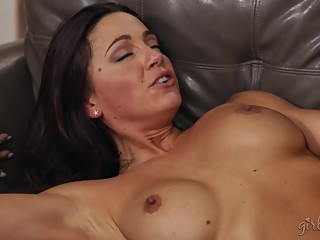 Squirting Time With Abigail Mac, Cadence Lux