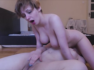 Lesbian face riding followed by squirting